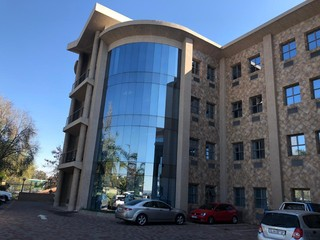 OFFICE TO LET IN BRUMA