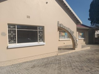 OFFICE TO LET IN EDENVALE