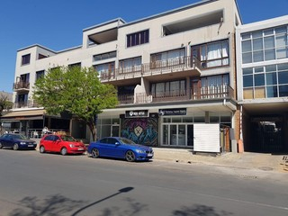 RETAIL SPACE TO LET IN GREENSIDE