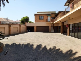 OFFICE TO LET IN ALBERTON NORTH
