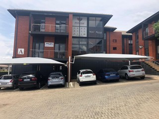 OFFICE TO LET IN RUIMSIG