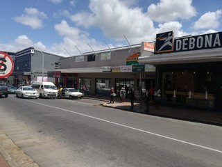 Retail space to let Wynberg