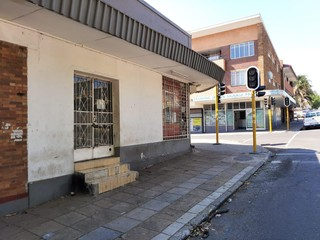 RETAIL SPACE TO LET IN ALBERTON NORTH